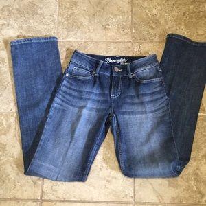 2/$10 NWOT Wrangler straight leg jeans